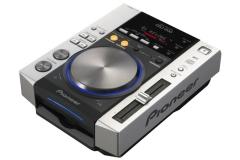 Pioneer CDJ 200.